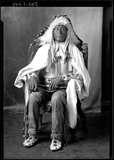 Photographs of Native American Indians : Chief Kenawash - Chippewa (a). Native American Warrior, Native American Tribes, Native American History, Native Americans, American Art, American Quotes, American Symbols, American Women, American Pride