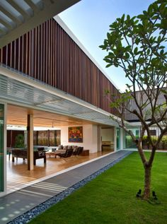 House with Enclosed Internal Garden – Six Ramsgate by Wallflower Architecture+Design   DigsDigs