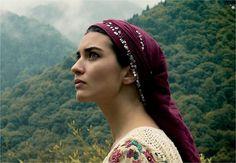 Famous artist Kurdish Tuba Büyüküsütün Famous Actress - #kurdistan #كوردستان #kurdish #kurd #rojava #amed #erbil #mahabad #Halabja // SUPPORT FREE KURDISTAN http://www.kurdishcenter.org