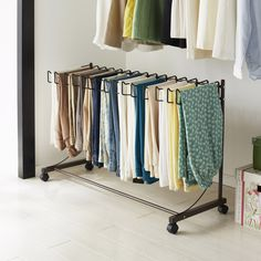 Fantastic Photographs Storage idea storage idea Suggestions You realize old-fashioned outfits hangers, which you will really have to hang in your closet. Small Closet Organization, Wardrobe Storage, Bedroom Storage, Wardrobe Rack, Ikea Must Haves, No Closet Solutions, Pant Hangers, Wardrobe Cabinets, Ideas Para Organizar