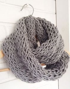 This is a great scarf pattern for beginner knitters since not only is it easy/quick to knit with chunky yarn and big needles, but it is also made with just two basic stitches: knit and purl. It is also great for intermediate knitters who want an instant gratification project.