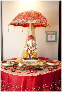Traditional Indian wedding decorations! Aline for Indian weddings