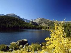 A Packing List for a Summer Mountain Trip to Colorado. I am so thankful for pinterest. It has everything!