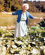 Ruth Stout: A Revolutionary (Naked) Gardener. A simple approach to year round food growing.   (Easily used in your raised beds SFG gardens.)
