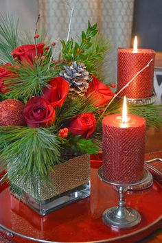 Red Christmas candles, from Entertaining Grace. Christmas Flowers, Christmas Candles, Christmas Centerpieces, Green Christmas, Christmas Colors, All Things Christmas, Christmas Decorations, Merry Christmas, Christmas Holidays