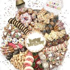 Birthday dreams do come true with this amazing Birthday Dessert Board covered in every sweet, sprinkled treat you could wish for! Party Food Platters, Party Trays, Food Trays, Party Snacks, Charcuterie Recipes, Charcuterie Platter, Charcuterie And Cheese Board, Buffet Dessert, Dessert Platter