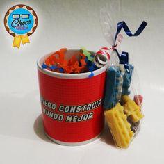 """""""Yo quiero construir un mundo mejor""""  Y vos? Cuál fue tu resolución para el nuevo año?  #LEGO #ChocoGeek"""