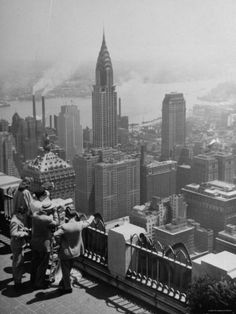 View from Observation Deck at Rockefeller Center Looking Southeast at the Chrysler Building Yosemite National Park, National Parks, Michigan, Honeymoon Places, Rockefeller Center, Chrysler Building, Vintage New York, Cairo Egypt, Dream City