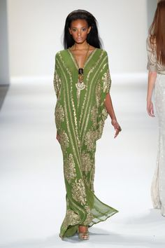 Naeem Khan (born May 1958 in Mumbai, India) is an Indian-born, American fashion designer. Caftan Naeem Khan (born May 1958 in Mumbai, India) is an Indian-born, American fashion designer. African Fashion, Indian Fashion, Boho Fashion, Womens Fashion, Fashion Design, Trendy Fashion, Abaya Fashion, Lolita Fashion, Gothic Fashion
