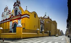 Facultad de la UNT sector centro-Trujillo