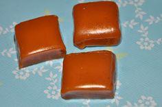 Kaker og kos: Verdens enkleste karameller :)