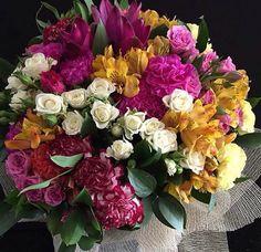 Buque de Flores Mistas com Rosas flores em belo horizonte #PollenDreams #Pollen #SãoPaulo #Brasil #Felicidade #Carinho #Amor #Casamento #Flores #Rosas