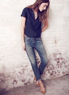 Jeans + blusa marinho