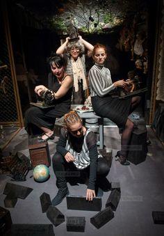 Plinul la spectacole se face, in noiembrie, la Teatrul Maghiar din Timisoara Face, Fictional Characters, The Face, Fantasy Characters, Faces, Facial