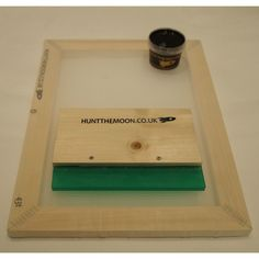 Hunt The Moon - Silk Screen Printing Frame, Ink & Squeegee Value Pack