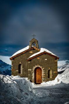 Malerische Kapelle in den Schweizer Bergen  (c) Pixabay