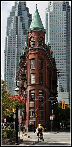 Flat-iron building in Toronto, Canada - by Alex Me #flatirons