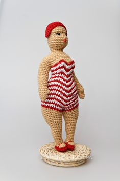 seamless amigurumi chubby doll, crochet fat girl figurine