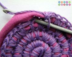Kind of T-shirt yarn basket 2.