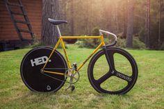 #fixie #fixedgear #bike #pista
