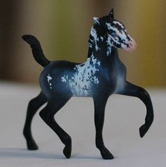 Horse Sculpture, Animal Sculptures, Bryer Horses, Horse Sketch, Cat Clock, Cute Ponies, Appaloosa Horses, Horse Crafts, Draw On Photos
