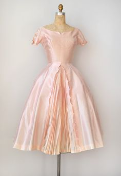 This is how small women used to be, just normally. No fast food. Everyone was slimmer women,men and children. Biddy Craft/vintage 1950s dress | pink 50s dress