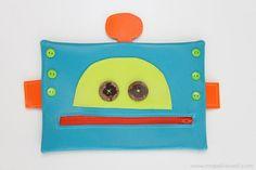 Robot Zipper Mouth Pencil Case {boy version} | Make It and Love It