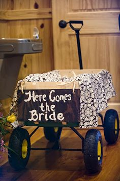 Here Comes the Bride wagon to carry down infant flower girl #wedding