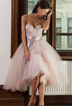 it is totally fashion and trendy. 2017 pink strapless prom dress, tutu skirt for women