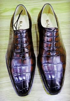 46cc7415caa Handcrafted Men s Classic Alligator Leather Dress Shoes Goodyear Welt