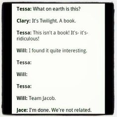 I feel like Jace is team Edward
