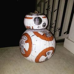 This Star Wars Pumpkin is a Perfect Painted Replica of the BB-8 Robot #halloween trendhunter.com