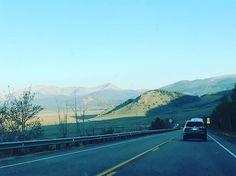 """The view of mountains is mesmerizing 😍😍 #missepiclook #travel #beauty #fashion #travelblog #mountainview #photography #adventuretravel #explore #makeupaddict #beautyvlog #traveljunkie #globalcitizen #trendystyle #fashionista #travelingtheworld #lifestyle #beyou #enjoyinglife #loveforinstagram #indianvlogger #fashionblogger #travel #adventureawaits #sopeaceful #beautyisintheeyeofthebeholder #dreamer #explore #exoloringtheglobe"" by @missepiclook."