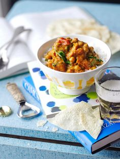 Sweet potato chickpea curry recipe | Jamie magazine recipes Sweet Potato Chickpea Curry, Chickpea And Spinach Curry, Vegetable Curry, Veggie Recipes Healthy, Delicious Vegan Recipes, Vegetable Recipes, Vegetarian Recipes, Chickpea Recipes, Vegetarian Dinners