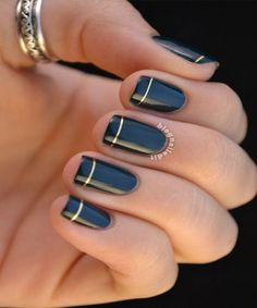 Black Nails With Golden Touch