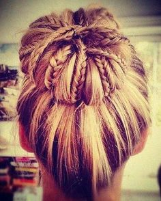 een braided up bun