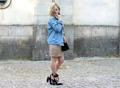 Coco and Jeans: Look : gold and embellished heels  #denimjacket  #embroidery