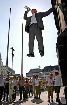 This German artist, Johan Lorbeer, seems to unhinge the laws of gravity. For hours on time, he remains, as a living work of art, in physically impossible positions.