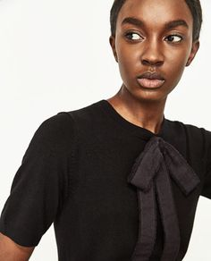 CONTRAST SWEATER WITH TIED DETAIL - Available in more colours