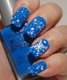 We all have a fond interest for the nail art/designs and looking at the trend these days it just triggers up more of our attention towards the most beautiful and creative nail designs ever! Some of them are quirky and