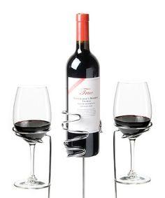 Picnic Wine Stakes | dotandbo.com $14.99 def grabbed me a couple.