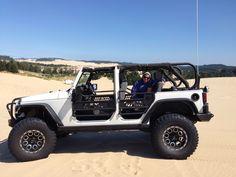 4 door white jeep