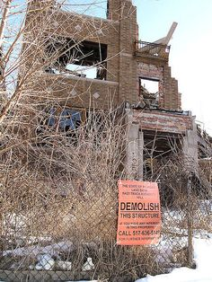 So many buildings, like this former multi-family dwelling, are on the list to be demolished, but the city can never seem to catch up with all the abandonment. Detroit Ruins, Abandoned Detroit, Abandoned Houses, Abandoned Places, Detroit History, Old Bricks, Brick Building, Lost City, Sadness