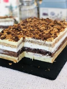 Prăjitura Prințesa Diana, un desert festiv, care merita orice efort Romanian Desserts, Torte Cake, Homemade Cakes, Cake Cookies, Easy Desserts, Nutella, Cake Recipes, Sweet Treats, Deserts