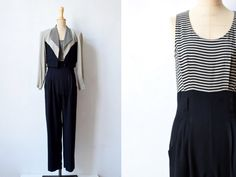 Vintage rayon jumpsuit with jacket size 4. It is black & grey-beig, with black and grey-beige striped parts. It has a zipper closure in back, belt loops, pleated waist, side pockets, and the jacket has padded shoulders. Condition: Very good! Size: 4/S. Please also see measurements Material: 50% rayon, 50% acetat  Measurements jumpsuit: Bust: 35 Waist: 29 Hips: 48 Length: 59 Inseam: 30.5  Measurements jacket:  Bust: 38 Waist: 31 Shoulders: 18 Sleeves: 23 Length: 19   Mannequin measurements…