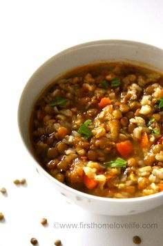 Lentil and brown rice soup. This soup is so tasty and it's super healthy too! I added brown rice to soup and cooked for 30 min, then added lentils and cooked until both were done. Lentil Recipes, Soup Recipes, Whole Food Recipes, Vegetarian Recipes, Dinner Recipes, Cooking Recipes, Healthy Recipes, Vegetarian Rice Soup, Vegan Recipes