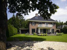 Goldewijk, daar spreekt karakter uit. Mansions, House Styles, Design, Home Decor, Decoration Home, Manor Houses, Room Decor, Villas
