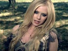 Avril Lavigne Dress From When your gone music video. wish they'd show the whole thing. ♥