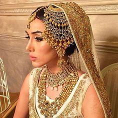 Adorable Jhoomar by Jewels & Gems. Make up by Rubina Javid #wishlist #pakistanvogue #asianbride #jewelsandgem