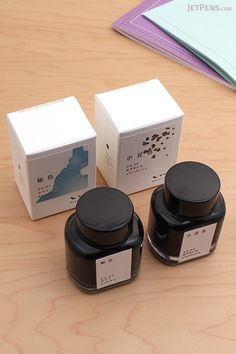 Two new limited edition Kyo No Oto Fountain Pen Ink Colors are here: Hisoku (Celadon Pottery) and Adzukiiro (Red Adzuki Bean).